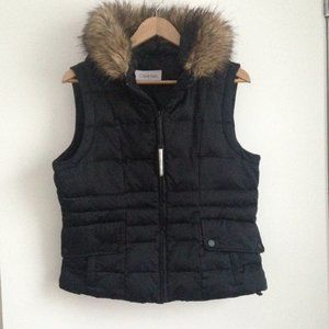 Calvin Klein - Black Down Puffer Sleeveless Jacket